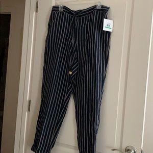 NWT- Ellen Tracy Linen Stripped Pants - Size L